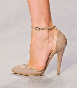 Heels in python with nude color strap collection of Antonio Marras.